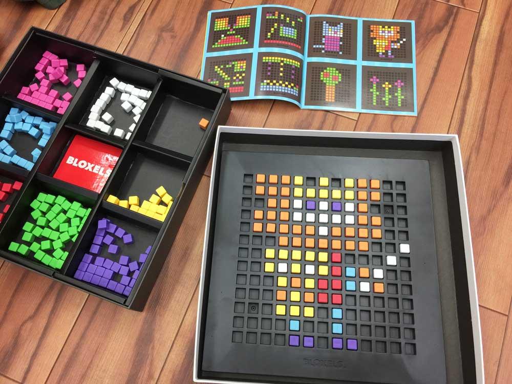 幼児知育玩具として人気の高い「BLOXELS」。とても良い学習教材です。